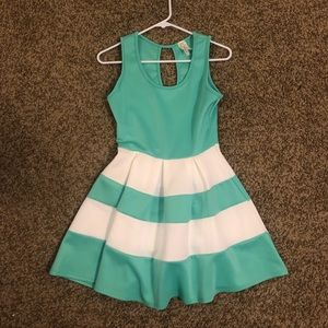 Green and White Pleated Fit And Flare Dress 💚